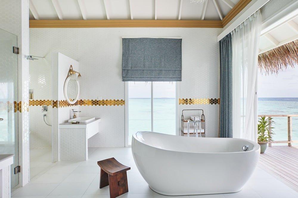 bathroom-suite-sun-siyam-iru-veli-maldives
