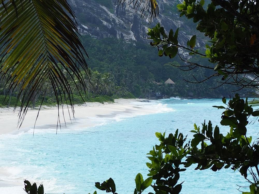 beautiful-beach-seychelles-islands