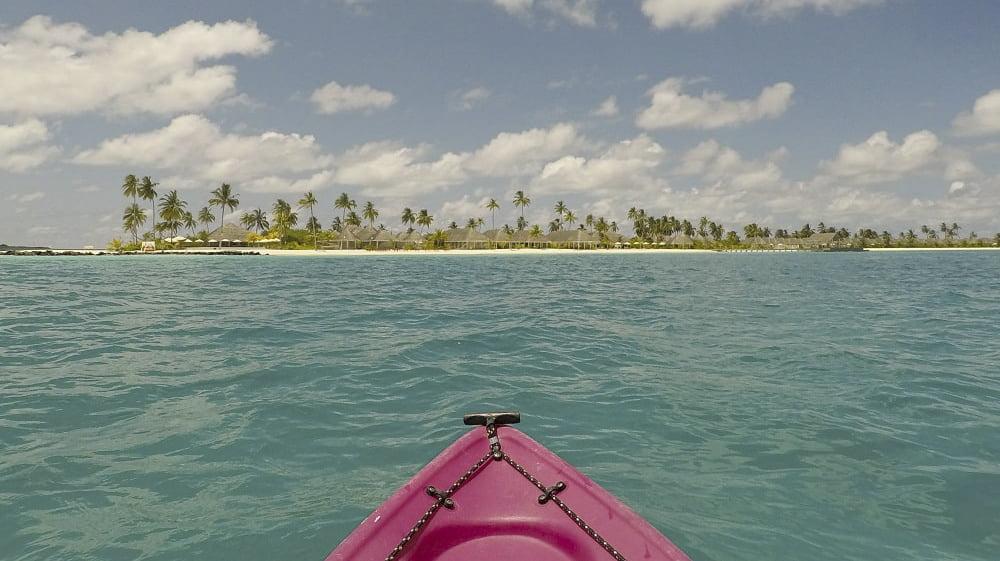kayaking-in-maldives