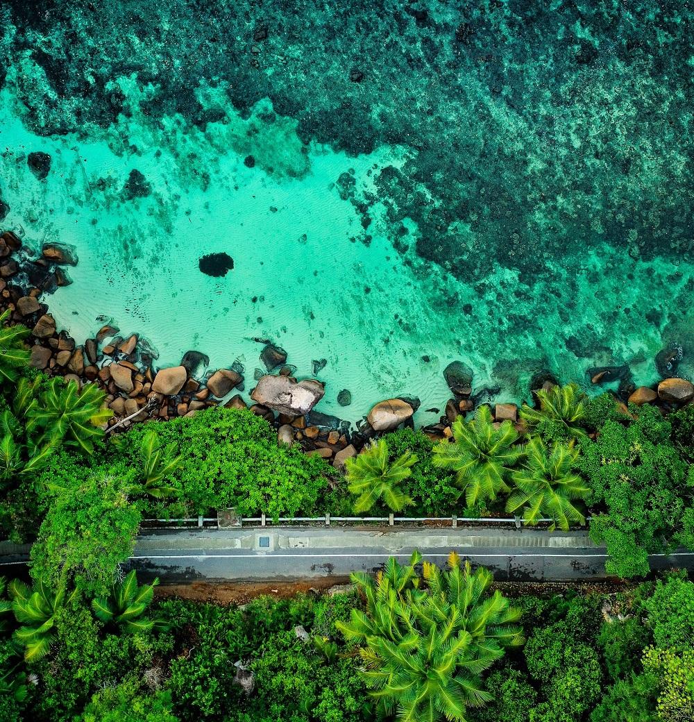 road-along-the-cost-seychelles